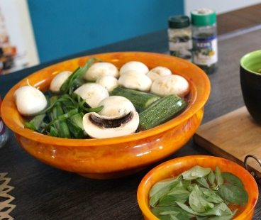 Use the freshest ingredients in your kitchen. Replace mushrooms with spinach or anything fresh!