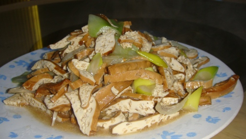 Golden tofu with crunchy sliced bok choy or more commonly known as Chinese cabbage